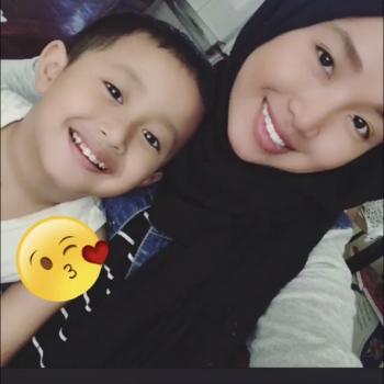 Babysitter in Singapore: Hani