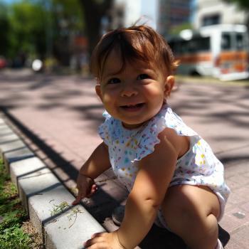 Babysitting job Buenos Aires: babysitting job Sol