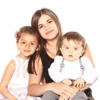 Baby-sitter Colombes: Eva