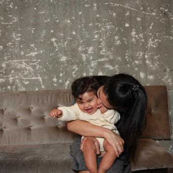 Parent Karori: babysitting job Kayla