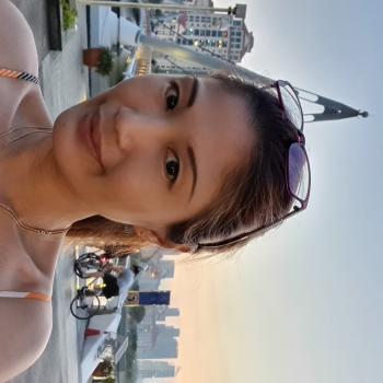 Babysitter in Singapore: Joanna
