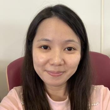 Babysitters in Singapore: Juliana