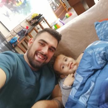 Parent Barcelos: babysitting job Rafael