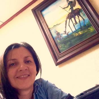 Niñera Sabanilla: Laura
