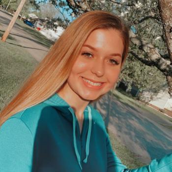 Babysitter in Oak Ridge: Kaitlyn