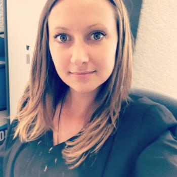 Baby-sitter Bourges: Helena