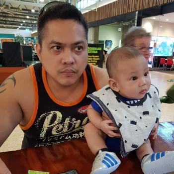 Babysitting job Darwin: babysitting job Jeffrey