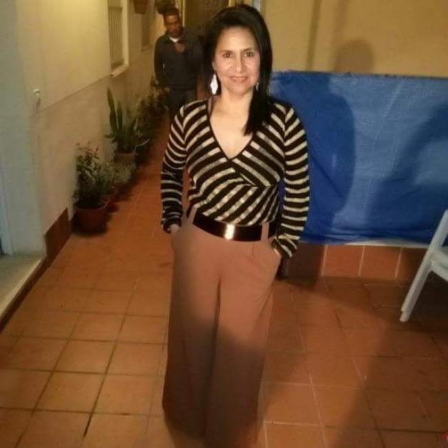 Niñera en Burlada: Amada