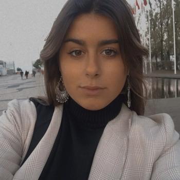 Babysitter in Almada: Bruna