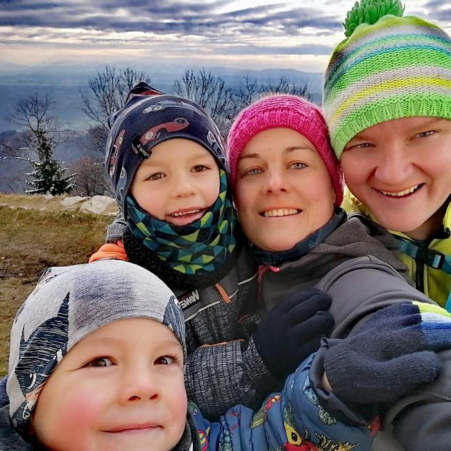 Babysitting job in Komenda: Petra
