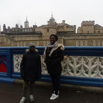 Baby-sitter in Évreux: Ammapoye