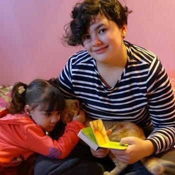 Babysitter Oakland: Arianna