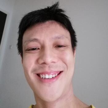 Babysitter in Puchong Batu Dua Belas: Jason