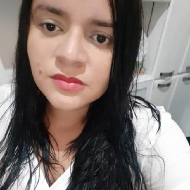 Babá em Fortaleza: Elaine