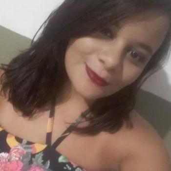 Babá João Pessoa: Júlia Kelly