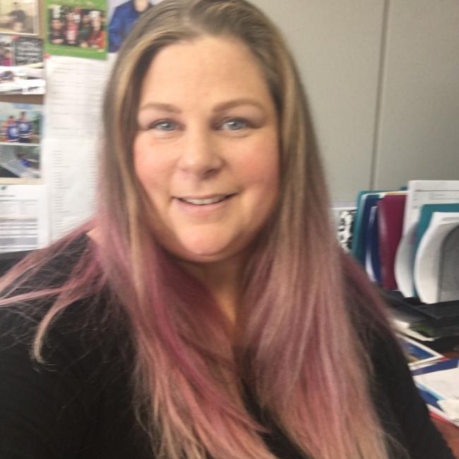 Baby-sitter in Calgary: Amanda