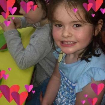 Babysitter Kilkenny: Angela