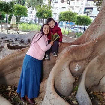 Niñeras Alicante: Kris050384@hotmail.com