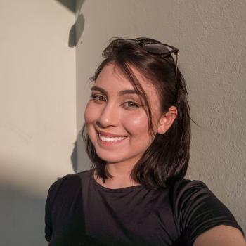 Babysitter Vila Velha: Yndra