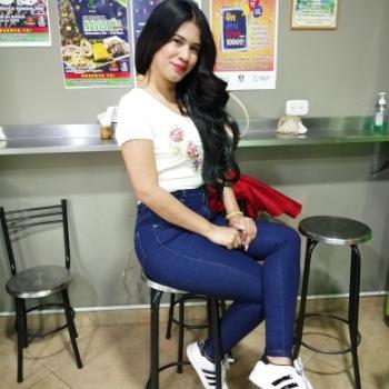 Niñera Medellín: Kelly Salón