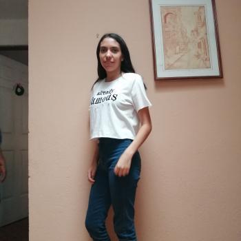 Niñera en San Josecito: Karina