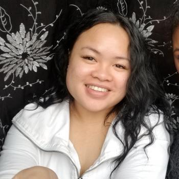 Baby-sitter Toronto: Louise