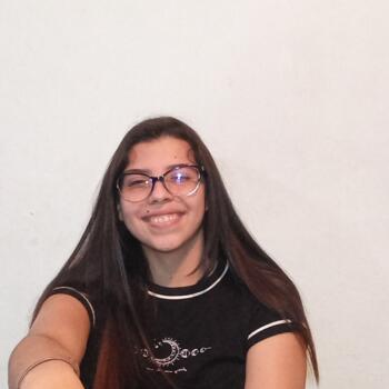 Niñera en Alajuelita: Camila
