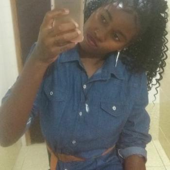 Babá em Niterói: Kaylane