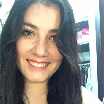 Babysitter Vancouver: Haru Alejandra Rosano