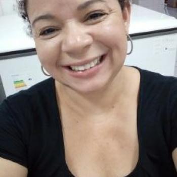 Babá Londrina: Roselene Aparecida Moreira Ria