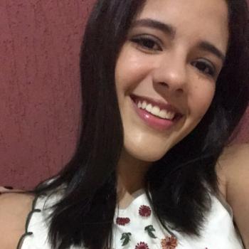 Babysitter in Aracaju: Mônica