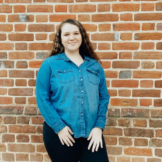 Babysitter in Fort Bragg: Ashlea