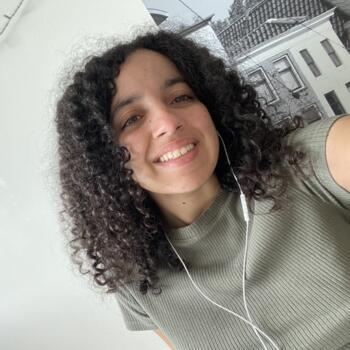 Babysitter in Leiden: Loubna