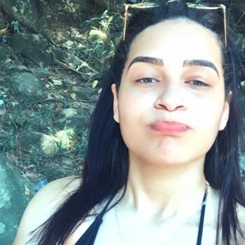 Babá em Niterói: Camila