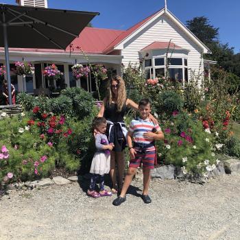 Babysitting job Queenstown: babysitting job Angela