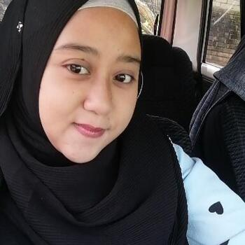 Babysitter in Kuala Kedah: Siti Norhazirah Binti Faridol