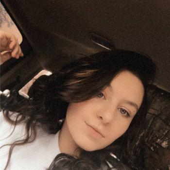 Babysitter in City of Saint Peters: Mackynzie