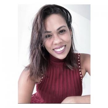 Babysitter in Brasília: Bruna Tagna
