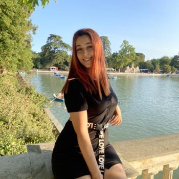Canguro en Móstoles: Christine