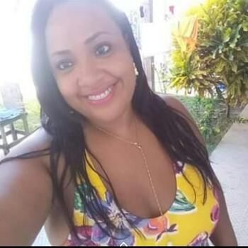 Babysitter in Salvador: Suelen