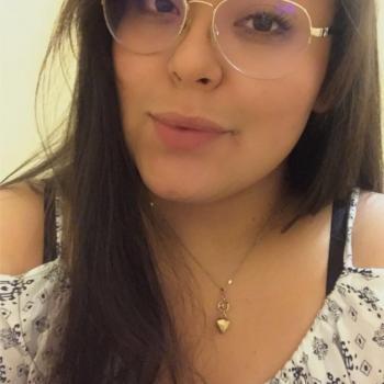 Niñera León: Yareli
