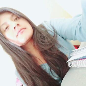 Niñera Trujillo: Liseth