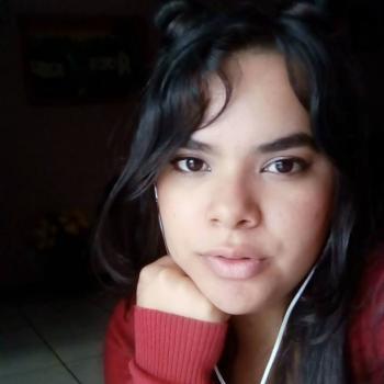 Niñera en Cartago: Laura
