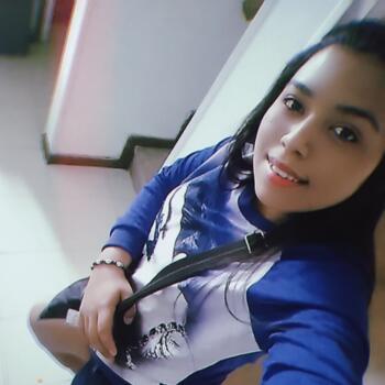 Babysitter in Medellín: Emily