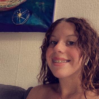 Baby-sitter in Blagnac: Lola