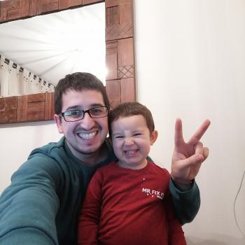 Trabajos de Niñera en Temuco: trabajo de niñera Danilo