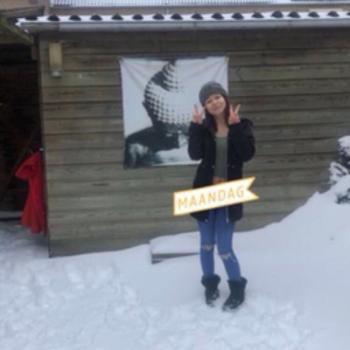 Oppas in Almere: Manon