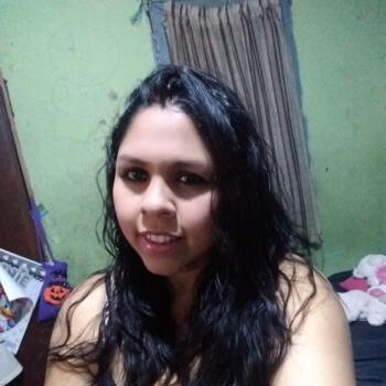 Babysitter in Bogotá: Isania