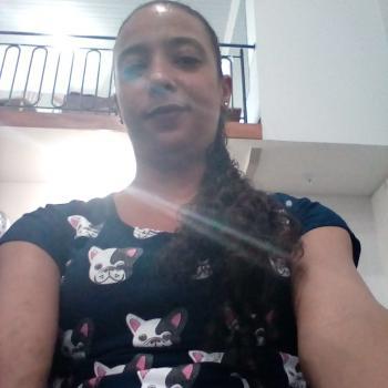 Babá em Cascavel: Andrea