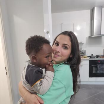 Baby-sitter in Chelles: Angelique